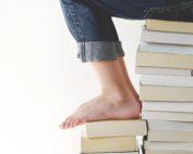 gaelle-marcel pilas de libros
